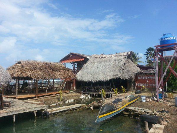 10269662 10152405676903748 1245279501 o 600x450 - Boat Trip Panama Colombia from Panama City to Sapzurro, 5 Days - 4 Nights