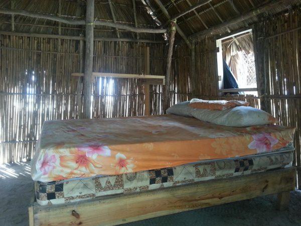 10571089 10152600485863748 419555079 o 600x450 - Diablo island, Camping, Dorm or Private. San Blas Adventures