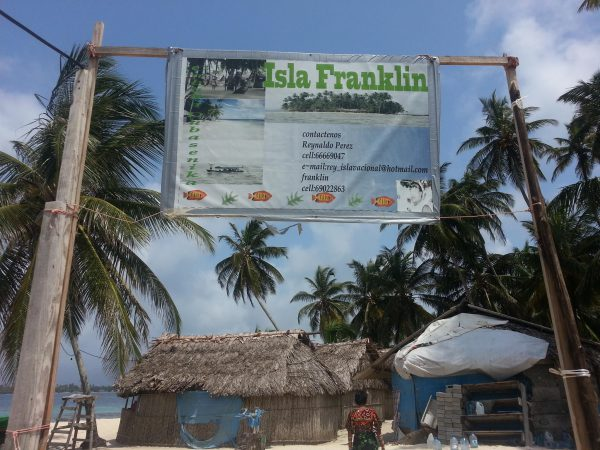 10580488 10152601295153748 1160500173 o 600x450 - Franklin island, Dorm or Private, San Blas Hotel