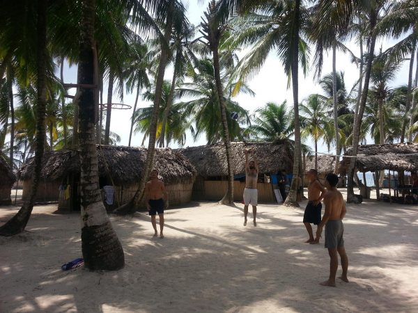 10589347 10152600499153748 1016713313 o 600x450 - Boat Trip Panama Colombia from Panama City to Sapzurro, 5 Days - 4 Nights