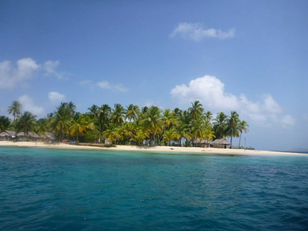 1075757 10152335088028748 618892841099939634 n 600x450 - Boat Trip Panama Colombia from Panama City to Sapzurro, 5 Days - 4 Nights