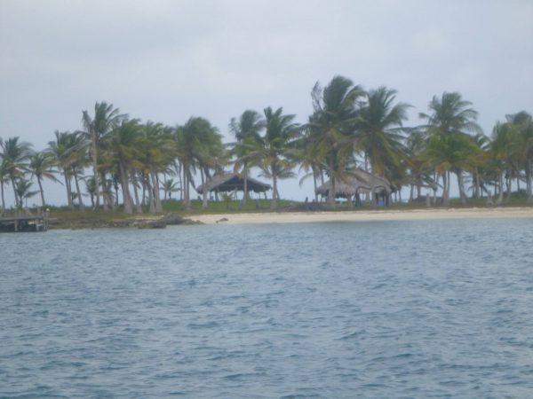 1618333 495078727277908 596443671 o 600x450 - Boat Trip Panama Colombia from Panama City to Sapzurro, 5 Days - 4 Nights