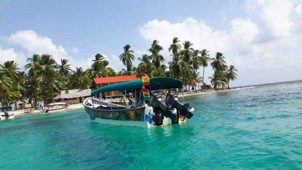 22780195 1475761052542999 4527442989374363039 n 600x338 - 3Days 3Nights 3Islands Boat Trip to San Blas Islands Tour from Panama City