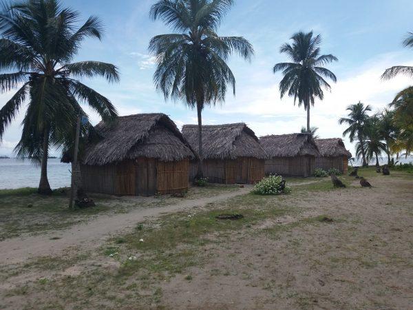 20170620 152446 600x450 - Diablo island, Camping, Dorm or Private. San Blas Adventures